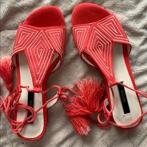 Kensie adorable sandals size 7 never worn